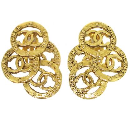 chanel-cc-logos-earrings-gold-34