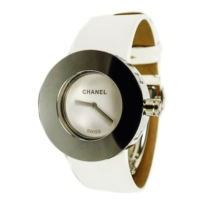 chanel-watch-white-leather-band-silver-circle-bezel-1999-quartz-30m