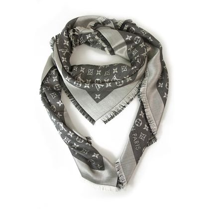 louis-vuitton-white-scarf