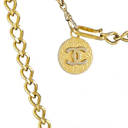 chanel-chain-belt-with-cc-pendant